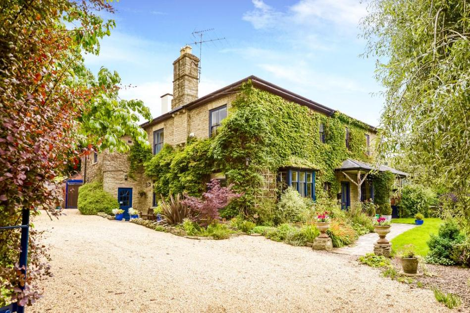 Bed and Breakfast Guest House Kington Herefordshire UK